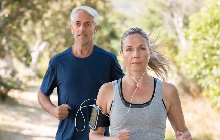 Les meilleurs sports à pratiquer quand on a 50 ans !